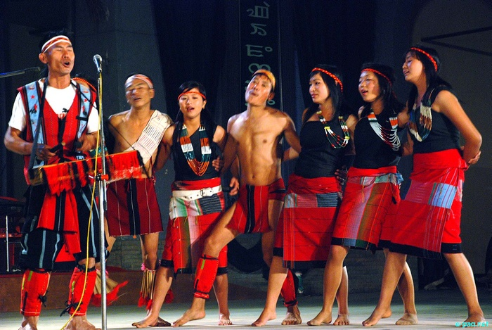 Tangkhul Cultural Dance at the Manipur Sangai Tourism Festival 2011 :: 27 November