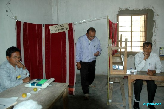 Voting for 1st Phase of Lok Sabha 2009 (Outer) :: April 15 2009