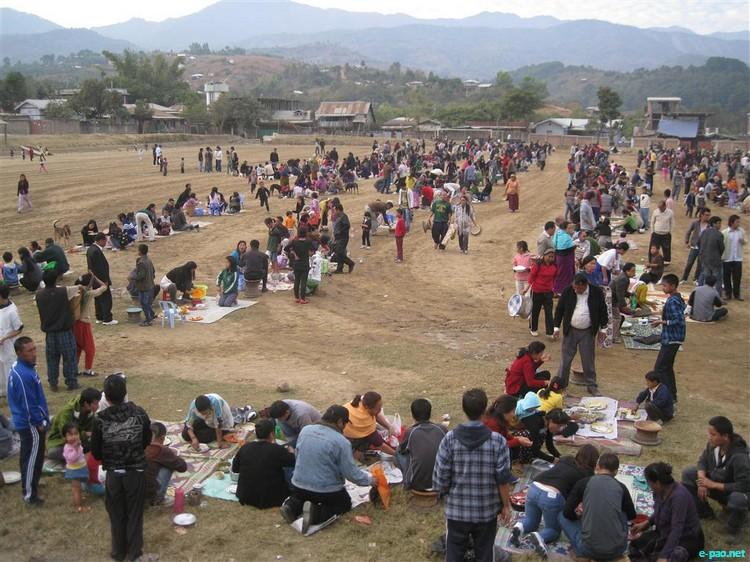 Christmas Feast and Lenkhom (Gathering) at Churachandpur :: 25 December 2011