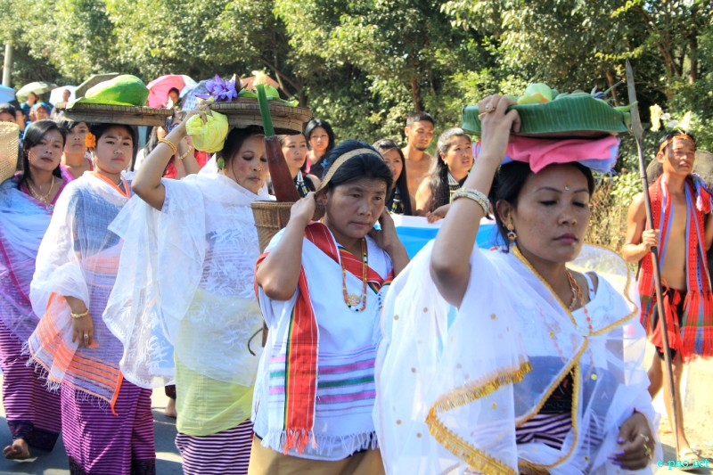 Mera Houchongba  : re-affirming close bond and ties between hill and valley people at Sana Konung on  29 Oct 2012