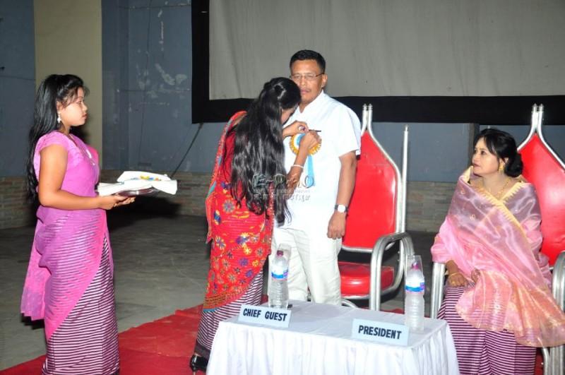 Yairipok Thambalnu Amaga - Film premier :: September 2011