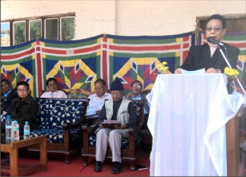 Ukhrul MLA Danny Shaiza addresses the meeting
