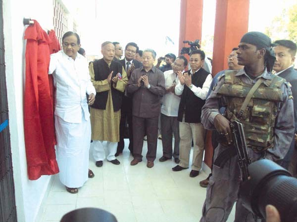 Union Home Minister, P Chidabaram inaugurating the Tamenglong Mini secretariat