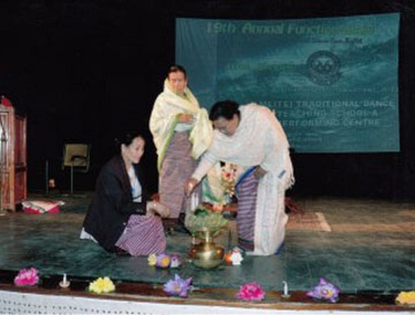 Dignitaries lighting candles to open Annual Show of MTDTSPC