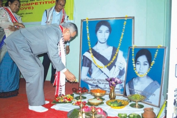 MP Dr Meinya paying tributes to late Debjani Leima