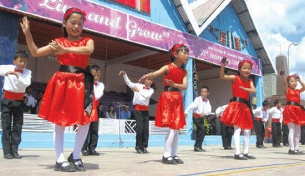 Children taking part in the 32nd anniv celebration of Alice Christian Higher Secondary School held Mission Ground, Ukhrul town on April 13