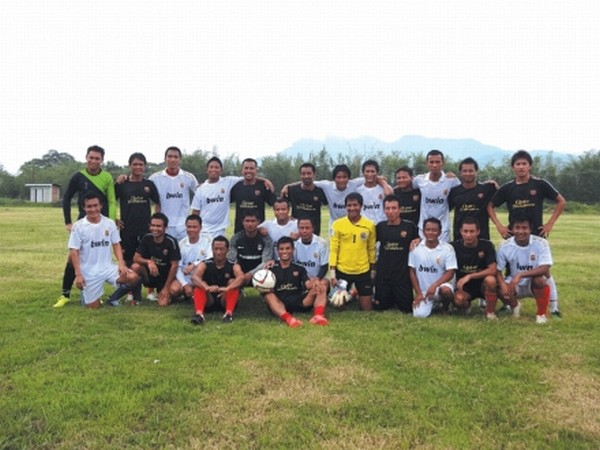 Reknown national and international footballers hailed from Manipur before playing a friendly match at SWC Ground, Khongman
