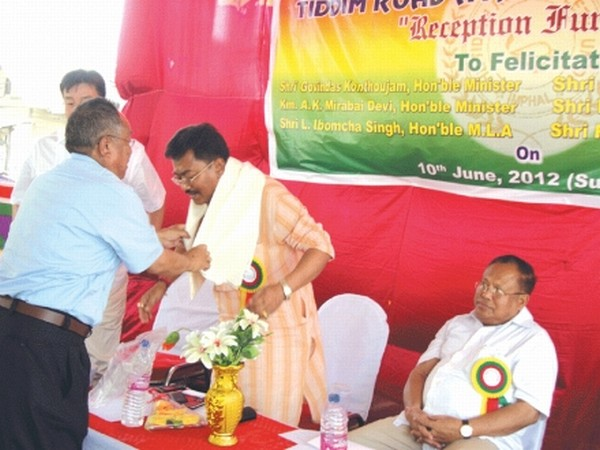 Minister Govindas Konthoujam being felicitated as MLAs L Ibomcha and RK Anand look on