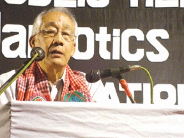 Sagolsem Indrakumar speaking at the function