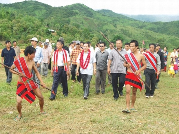 MLA of Saikul A/C Yamthong Haokip being accorded traditional welcome on arrival at Keihao community hall, Saikul