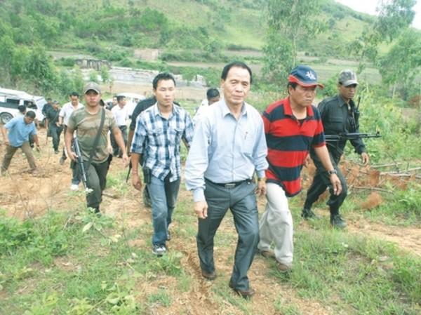 MLA of Saikul AC Yamthong Haokip inspecting site for construction of JNV