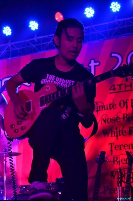 Dark Reign performing at 7 Sisters Rock Festival at Talkotara Stadium, Delhi :: 3rd December 2011