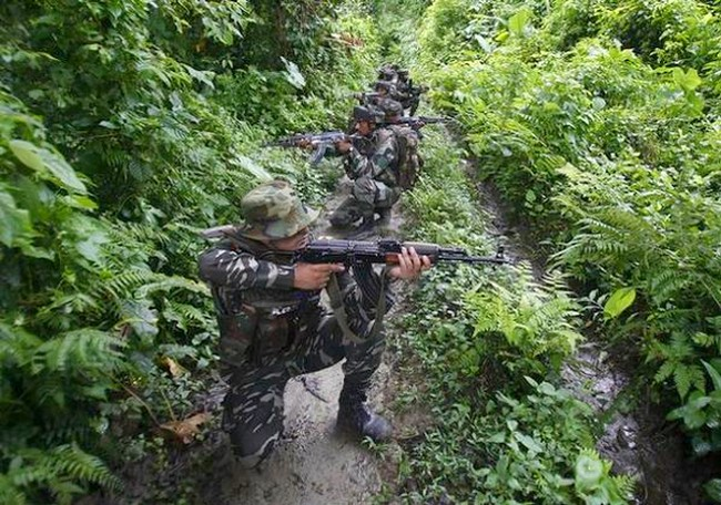 Army patrolling in the Jungle