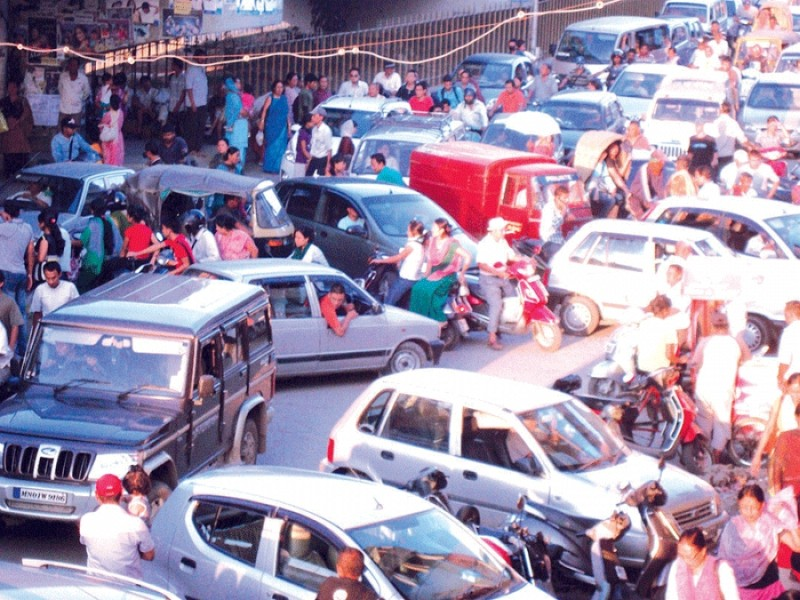 Traffic condition in Imphal city